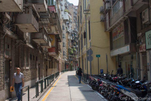 マカオ小道とバイク