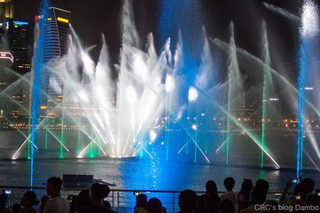 シンガポール光と水のショー