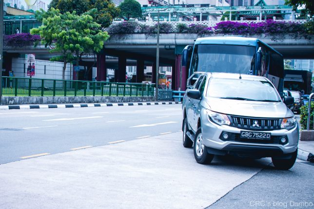 シンガポール車 三菱