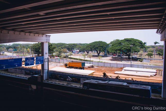 ジャカルタ空港前の工事の様子