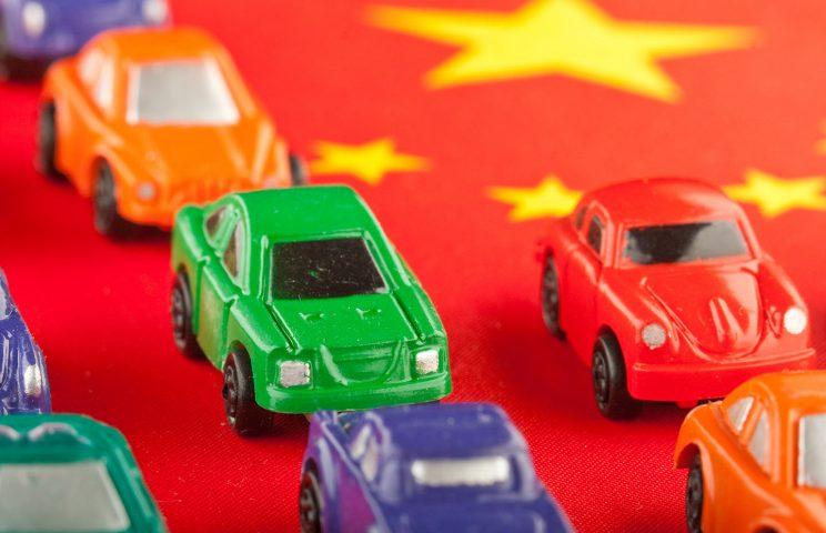 中国乗用車市場における2020年PHEV・EV車市場はどの程度の規模になるのか